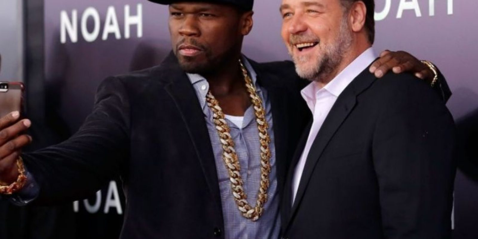 '50 Cent' y el actor Russell Crowe durante la premiere de Noé. Foto: Getty Images