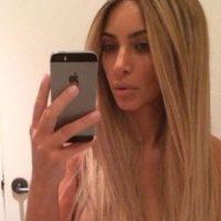 Kim Kardashian posa para la foto. Foto:vía Instagram.com