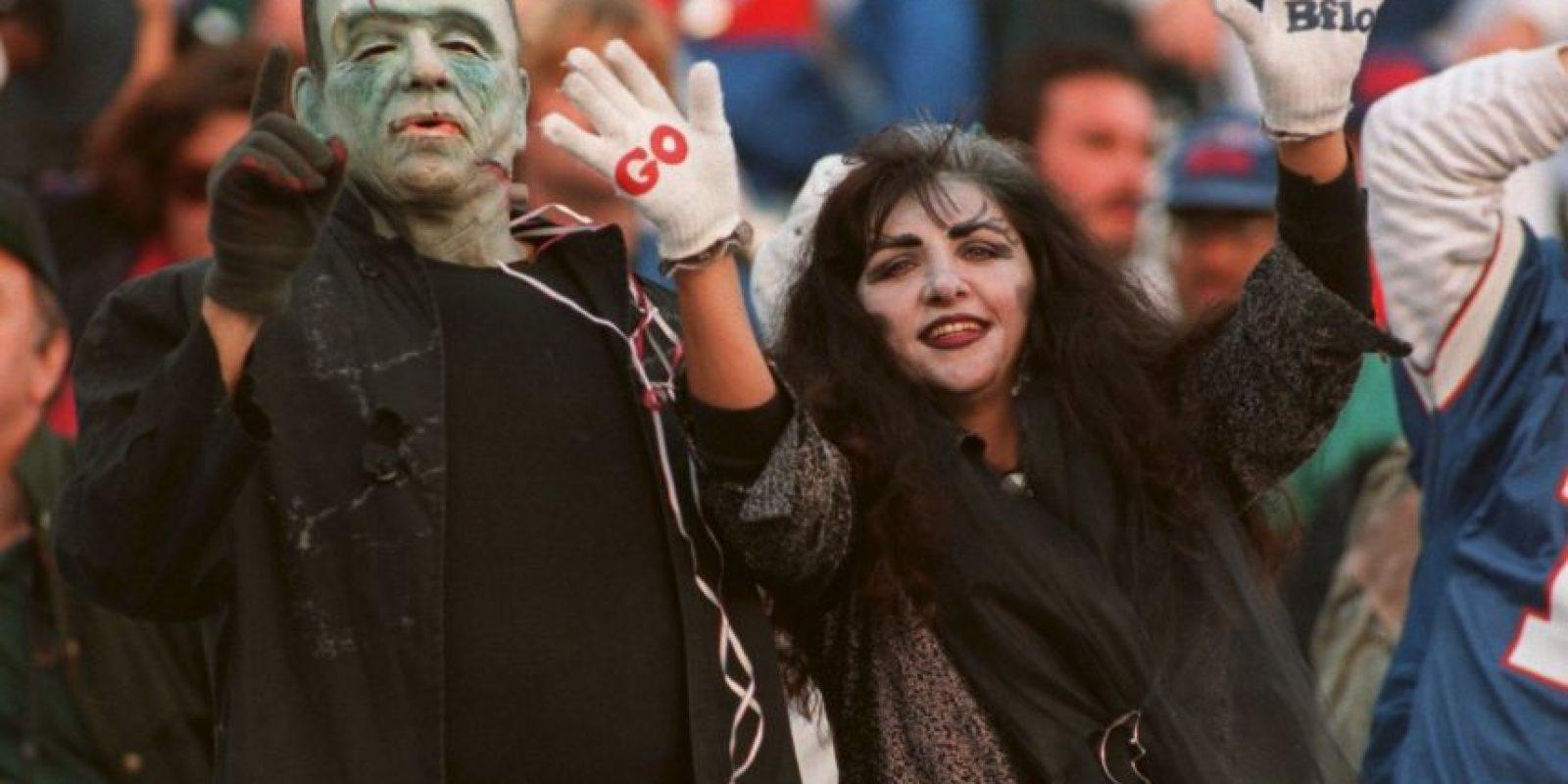 La afición también se llena de color y espantos cada Halloween. Foto:Getty Images