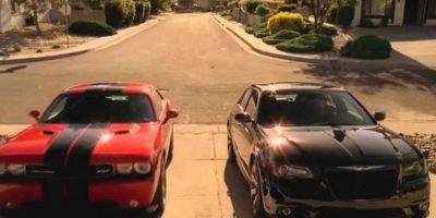 """5. """"Breaking Bad"""" tuvo tanto éxito que """"The Walking Dead"""" le rindió tributo en 2 ocasiones: """"Glenn"""" condujo el mismo automóvil deportivo que le regaló """"Walter White"""" a su hijo """"Walter Jr."""" Foto:Vía AMC"""