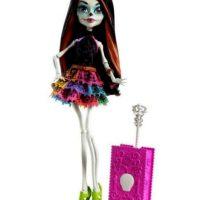 """Incluso tiene su propia versión en """"Monster High"""". Foto:vía Mattel"""