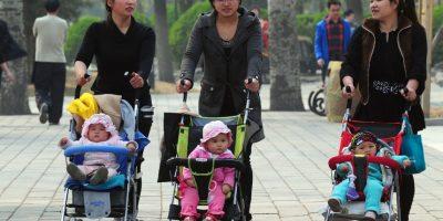 Mientras que una mujer vivirá 76.68 años, según datos de 2013 Foto:AFP