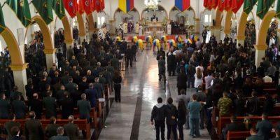 La ceremonia se realizó en la Escuela Militar, norte de Bogotá. Foto:EFE