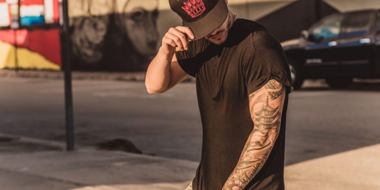 Maluma diseña su primer línea de ropa Foto:Cortesía