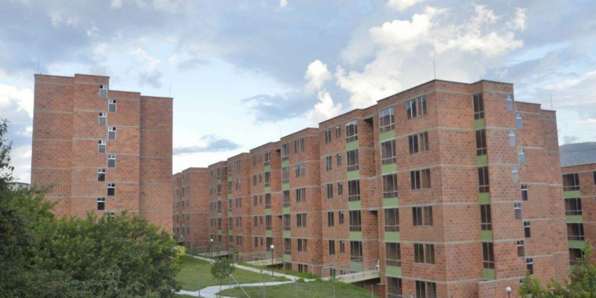 768 nuevas familias cumplen el sueño de tener casa propia en Medellín