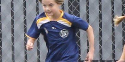 7.- Tanto Shiloh como sus hermanas practican fútbol. Foto:The Grosby Group