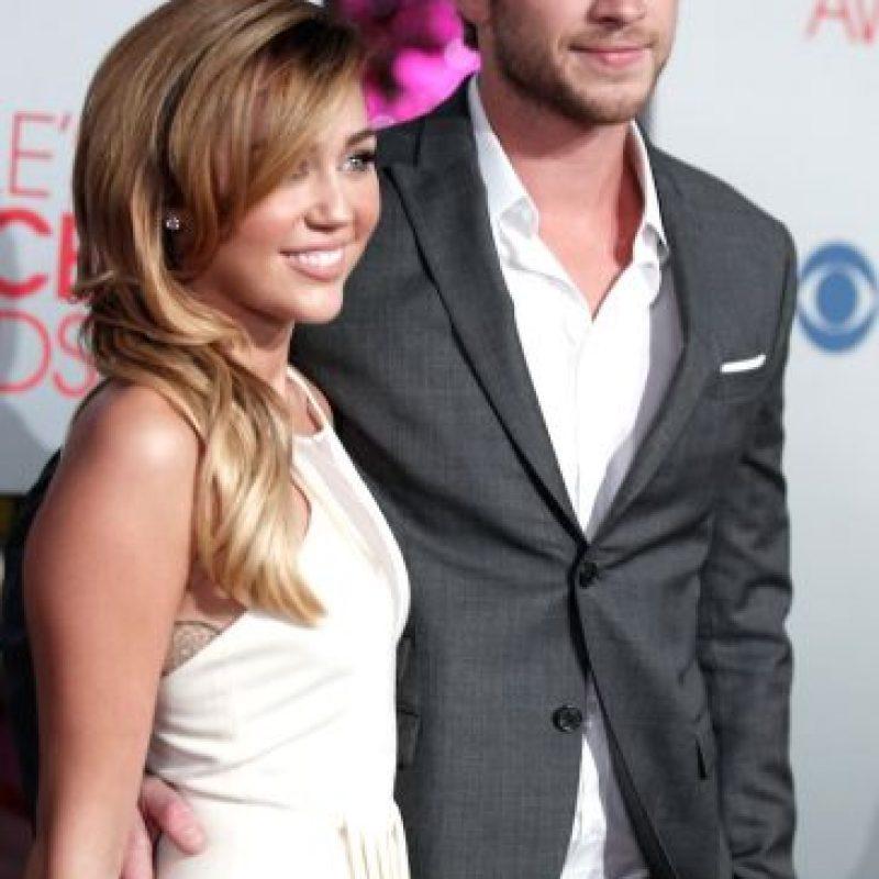 """Liam y yo seguimos estando muy unidos y nos queremos mucho, en cambio algunos medios lo muestran como si pasara algo malo entre nosotros"""", aseguró Cyrus. Foto:Getty Images"""