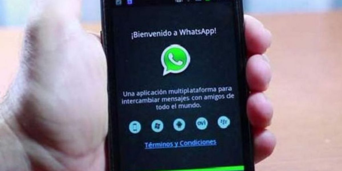 Facebook, Google y WhatsApp espían a sus usuarios, asegura experto