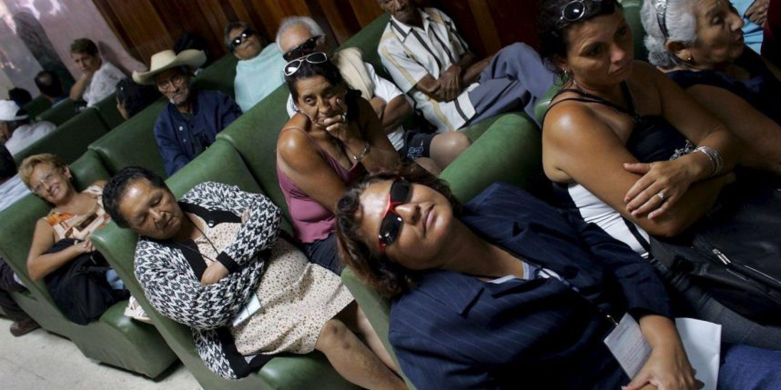 Mientras tanto los enfermos siguen en espera. Foto:Getty Images