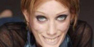 Isabelle Caro es el ejemplo de hasta dónde puede llegar la anorexia. Foto:vía Lazygirls.com