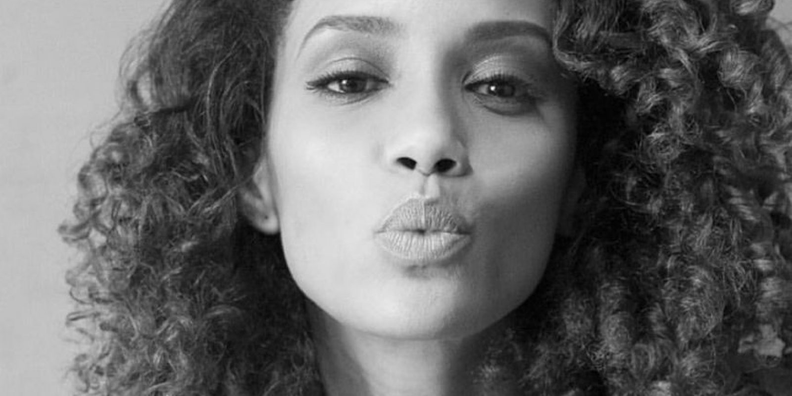"""Interpretó a Elza Soares, la famosa cantante de samba, en el biopic de """"Garrincha"""": Foto:vía Facebook/ Taís Araújo"""