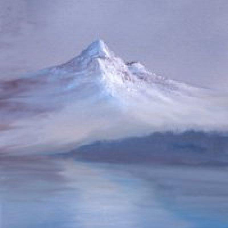Paso 6: Con el primer pincel se agrega la niebla en las faldas de la montaña. Foto:vía Facebook/The Joy of Painting