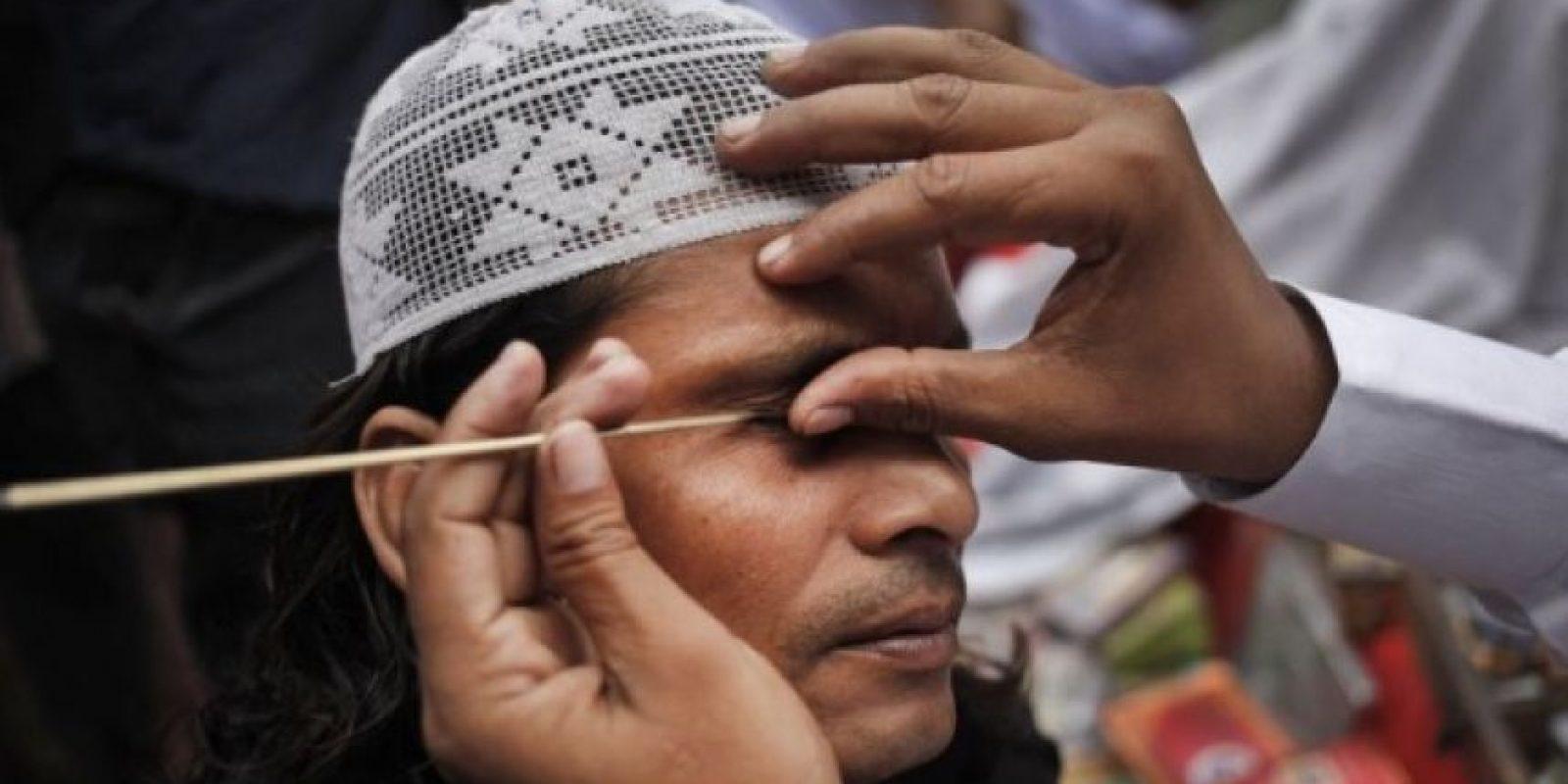 Kodai Harijan, principal sospechoso, confesó que cortó la garganta del hijo de su amigo Shiv Sharan Kohar, con la intención de ahuyentar a los malos espíritus de su propio hijo de 18 años de edad, el cual se encontraba enfermo. Harijan sostuvo que lo hizo después de buscar ayuda de un chamán del pueblo. Foto:Getty Images