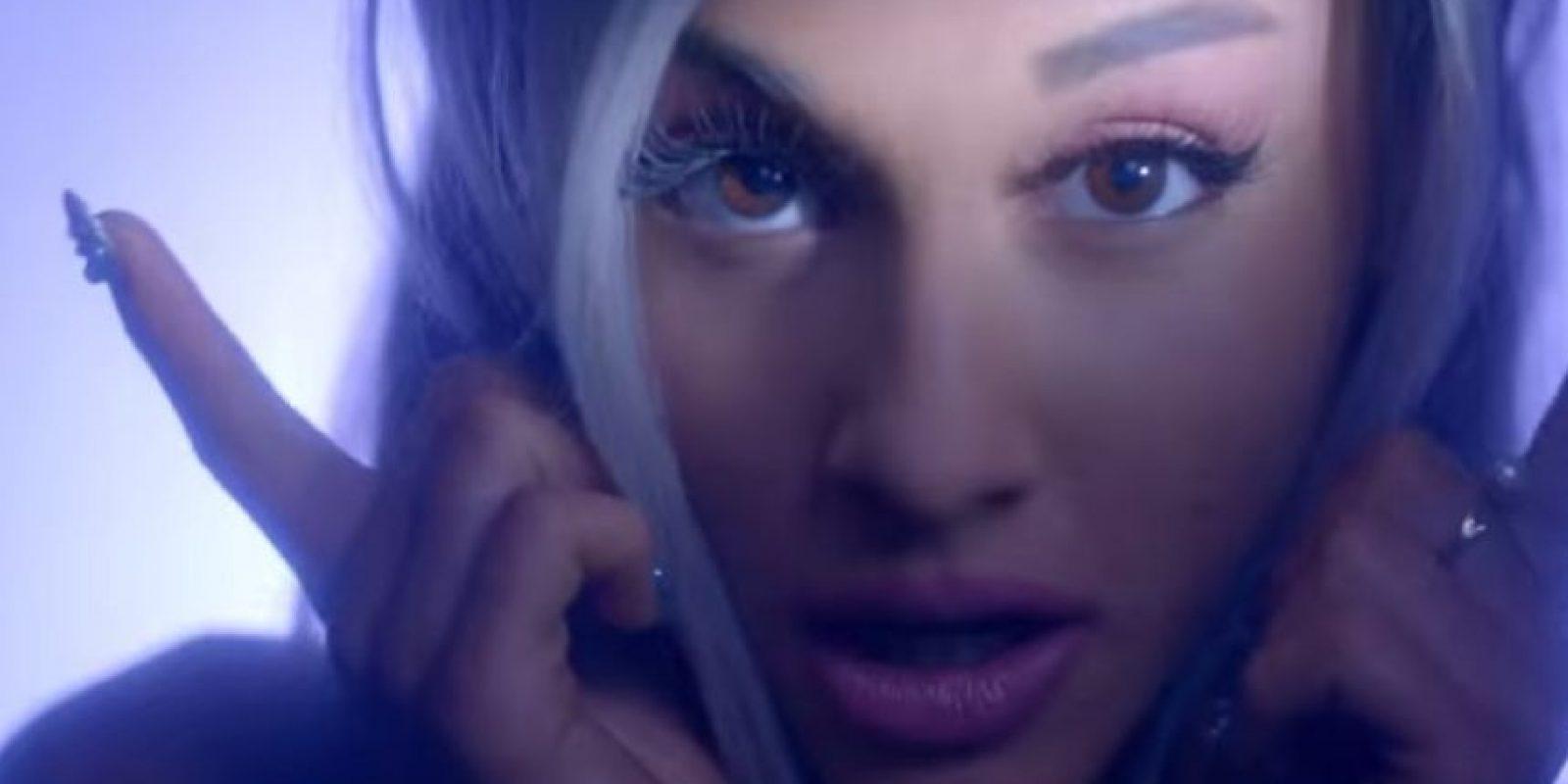 """""""Focus"""" es un pegajoso tema con el que la cantante se ha animado a promocionar con un nuevo look. Foto:YouTube/ArianaGrandeVEVO"""