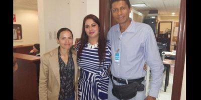 Patricia Cabrera (centro) en un encuentro de ganaderos ecuatorianos el 29 de octubre. Foto:Twitter – @cibelesatenea