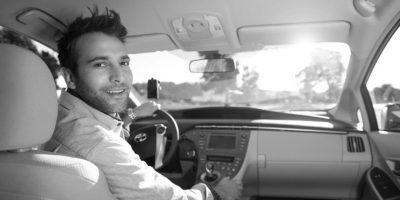 Existen cuatro tipos de autos: UberX, UberXL, UberBLACK y UberSUV, cada uno tiene diferente capacidad y diferente tarifa. Foto:Uber