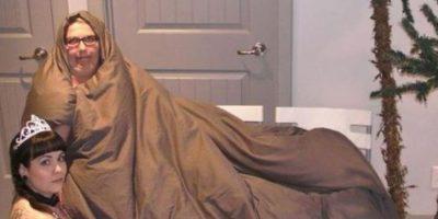 """Jabba el Hutt"" y la princesa ""Leia"" Foto:Imgur"