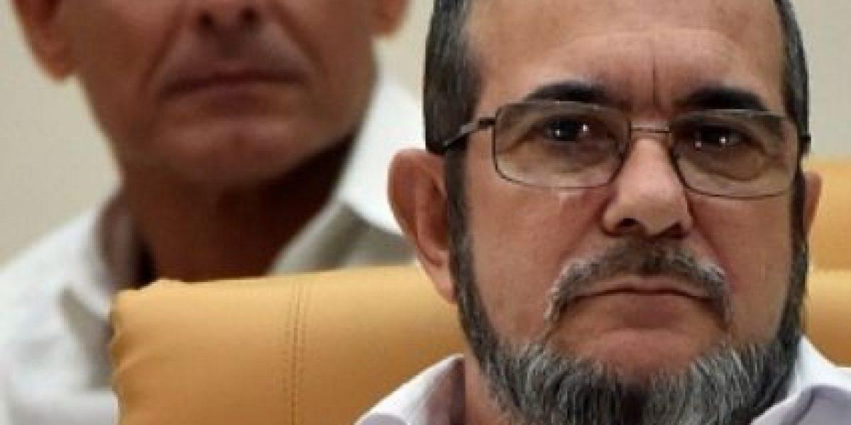 Famoso guerrillero colombiano coquetea en Twitter y lo