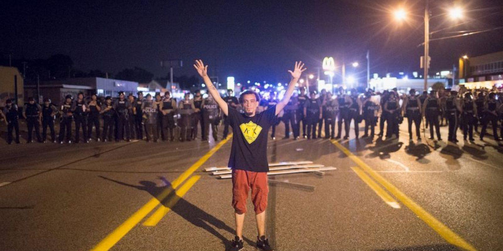 9. Esta decisión desató la ira de los ciudadanos, quienes volvieron a protestar. Foto:Getty Images