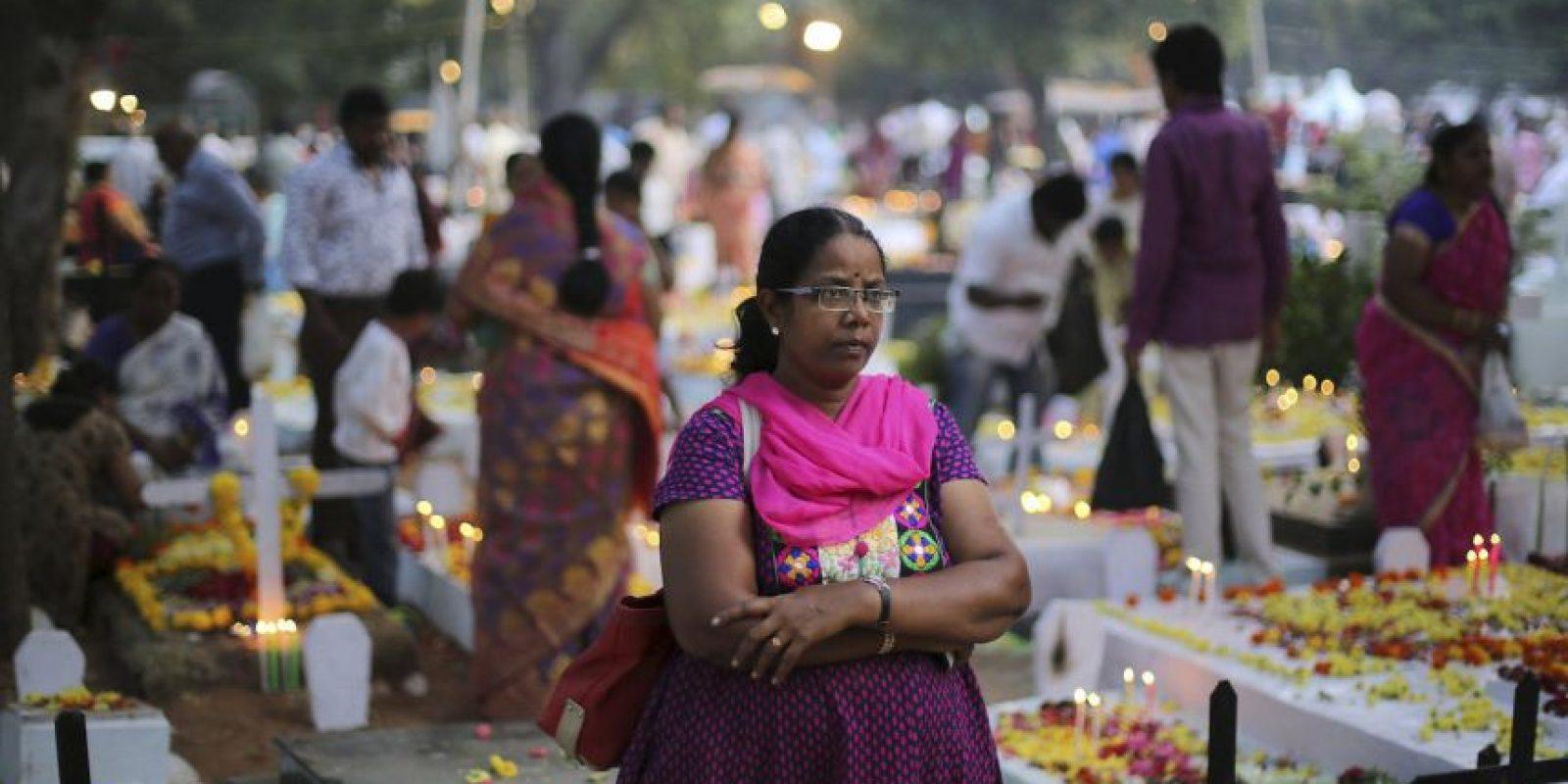 Día de Todas las Almas en India Foto:AP