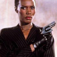 """Grace Jones, actriz y cantante estadounidense, fue la chica Bond de la cinta """"A view to kill"""" Foto:Vía imdb.com"""