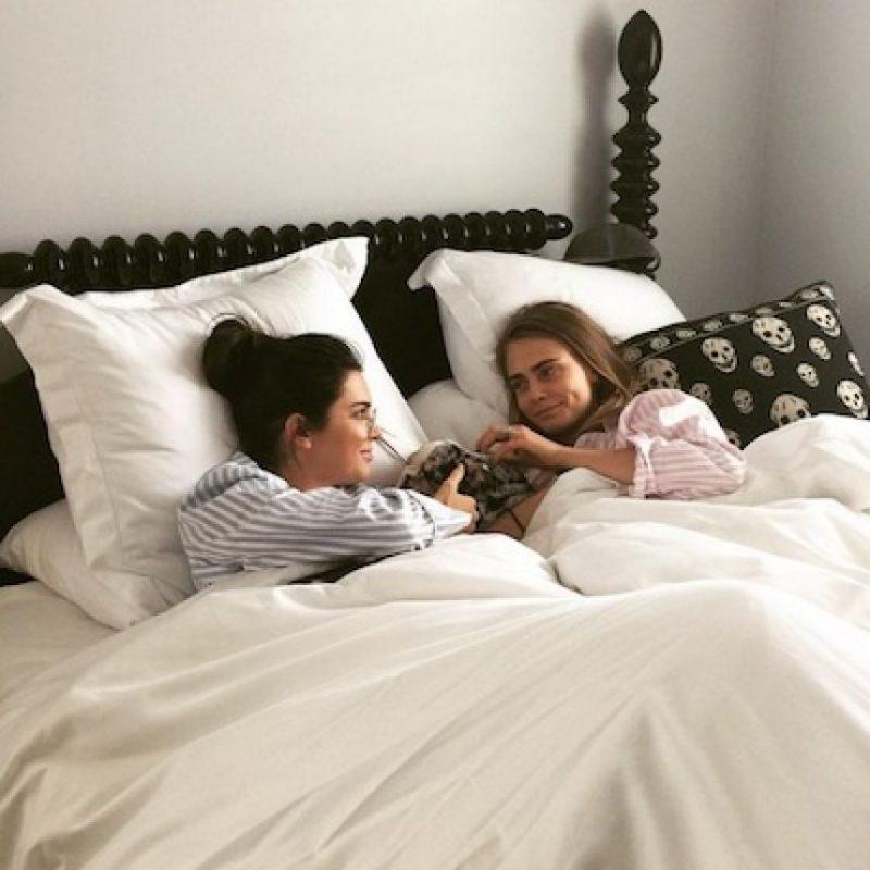 Cara y Kendall no solo son las mejores amigas… Foto:Instagram/caradelevingne