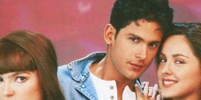"""""""Agujetas de Color de Rosa"""" fue una novela que se transmitió de 1994 a 1995 y que trataba de lo que pasó con la familia de Elisa luego de que el padre muere y de los enredos que provocará su fortuna. Asimismo, la novela tenía musicales y también tocaba el tema del patinaje artístico Foto:vía Televisa"""