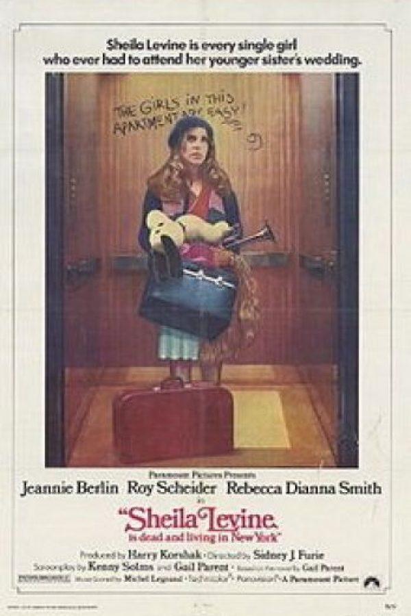 """""""Sheila Levine es cada chica que ha tenido que asistir a la boda de su hermana menor"""", era el eslogan de la cinta. Foto:The Paramount Vault"""