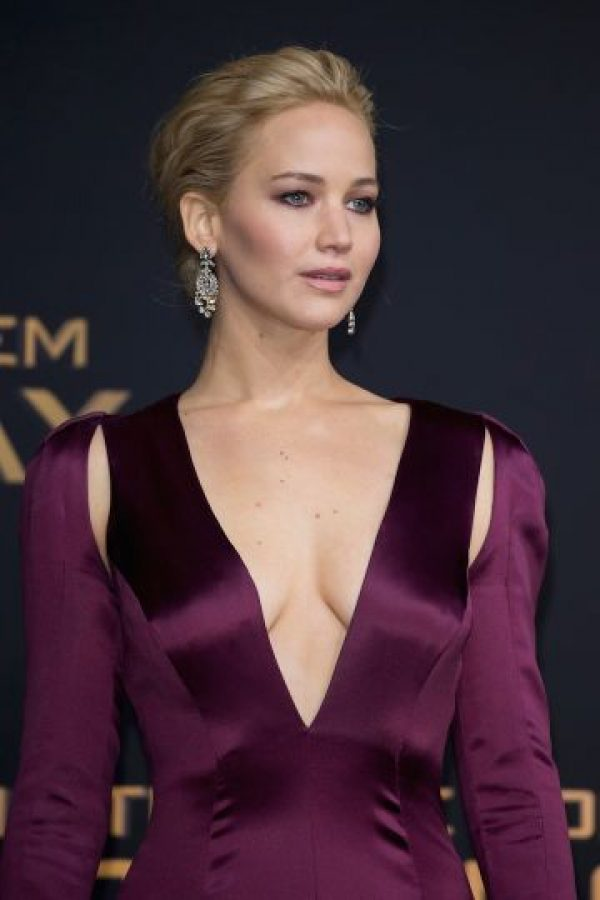 Para Jennifer Lawrence es inevitable pasar desapercibida. Foto: Getty Images