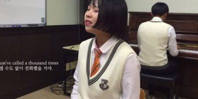 La estudiante de secundaria de Corea del Sur está sorprendiendo al mundo con su voz idéntica a Adele. Foto:YouTube/일반인들의 소름돋는 라이브