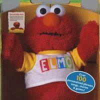 """El Elmo que tenían para su hijo de dos años tenía frases programadas, pero ese solo podía decir """"Matar"""" antes de todo. Por más que intentaron reprogramarlo, este seguía proferiendo amenazas de muerte hasta que la familia se comunicó con la compañía, que les ofreció cambiarlo por otro muñeco. No se sabe si tomaron la oferta. Foto:Fischer Price"""