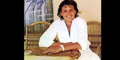 """Para 1985, ya había ganado un Grammy. En estos tiempos grabó el sencillo """"La incondicional"""". Foto:Coveralia"""