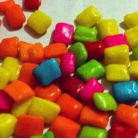 La lanolina, uno de los componentes principales de este dulce, es producido por las glándulas sebáceas de animales mamíferos como las ovejas. Foto:vía instagram.com