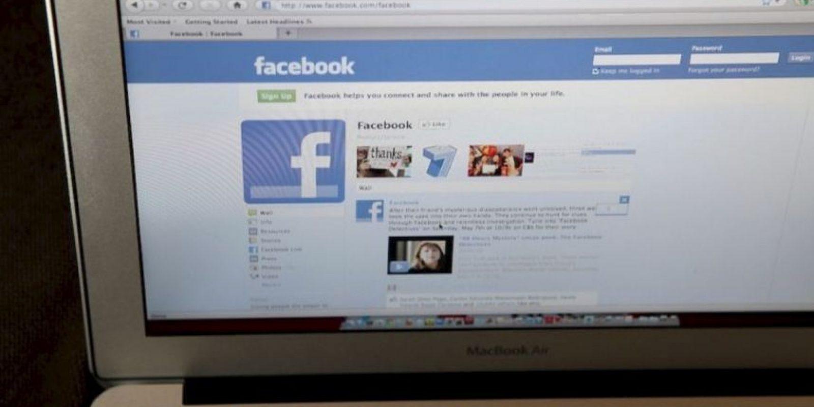 """13. Si quieren privacidad, no hagan sus estados """"Públicos"""". Foto:Getty Images"""