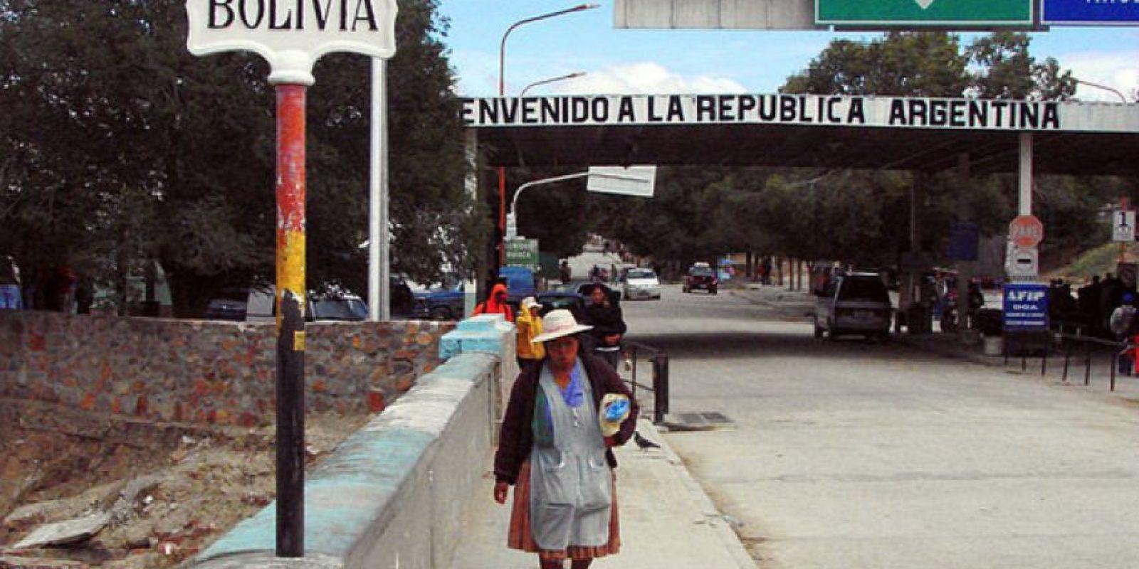 Por esa razón, incrementaron su seguridad en las fronteras con Argentina y Chile, países en los que se especuló que el delincuente buscaba ocultarse. Foto:Vía Wikipedia Commons