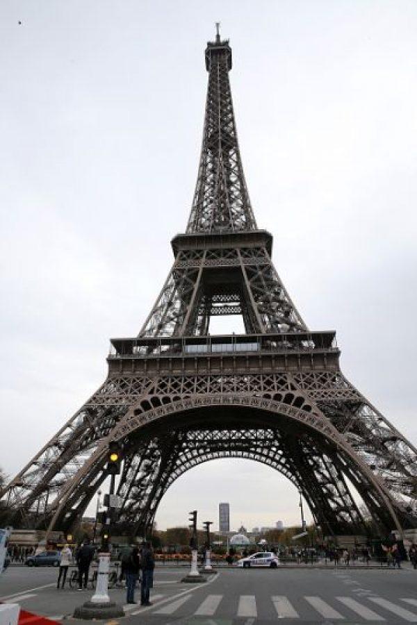 A pesar de la condición de la ciudad, algunos turistas y habitantes salieron a las calles. Foto:Getty Images