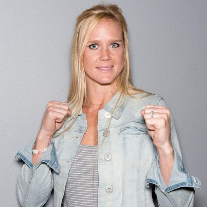Holly logró este título tras vencer por nocaut a la campeona vigente, Ronda Rousey en UFC 193. Foto:Getty Images