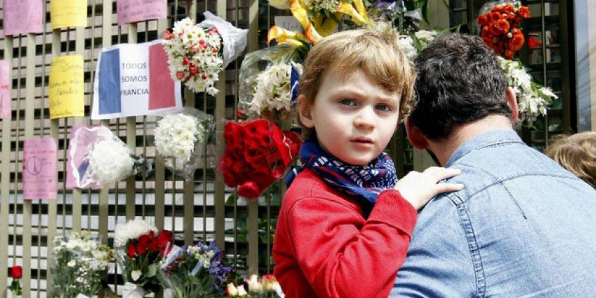 Homenaje en Bogotá a las víctimas de atentados en París