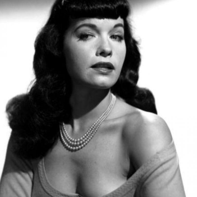 """Bettie Paige: la gran """"pin up"""" de los años 50. Foto:vía Getty Images"""