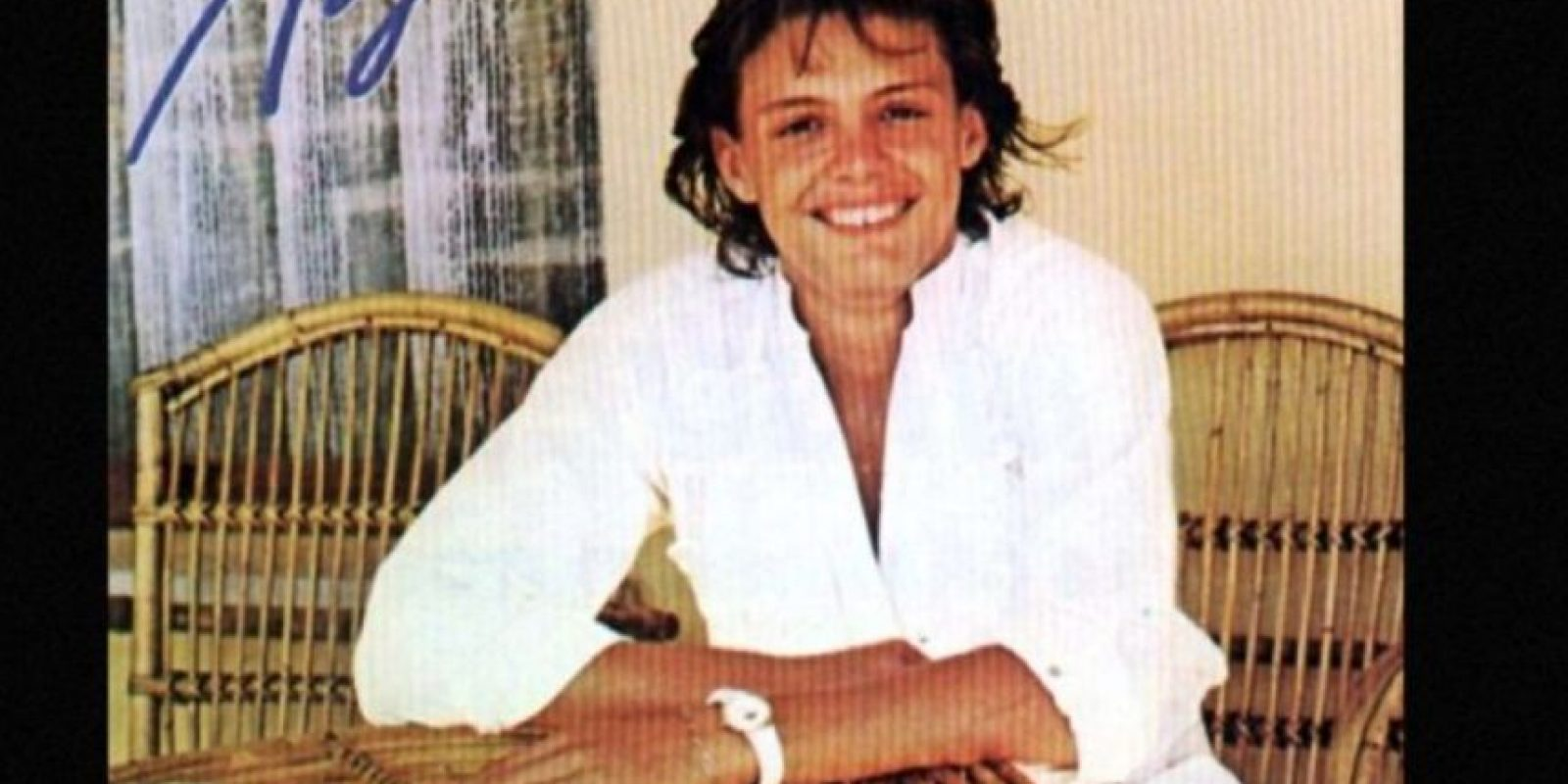 """Para 1985, ya había ganado un Grammy. En estos tiempos grabó el sencillo """"La incondicional"""". Foto:vía Coveralia"""
