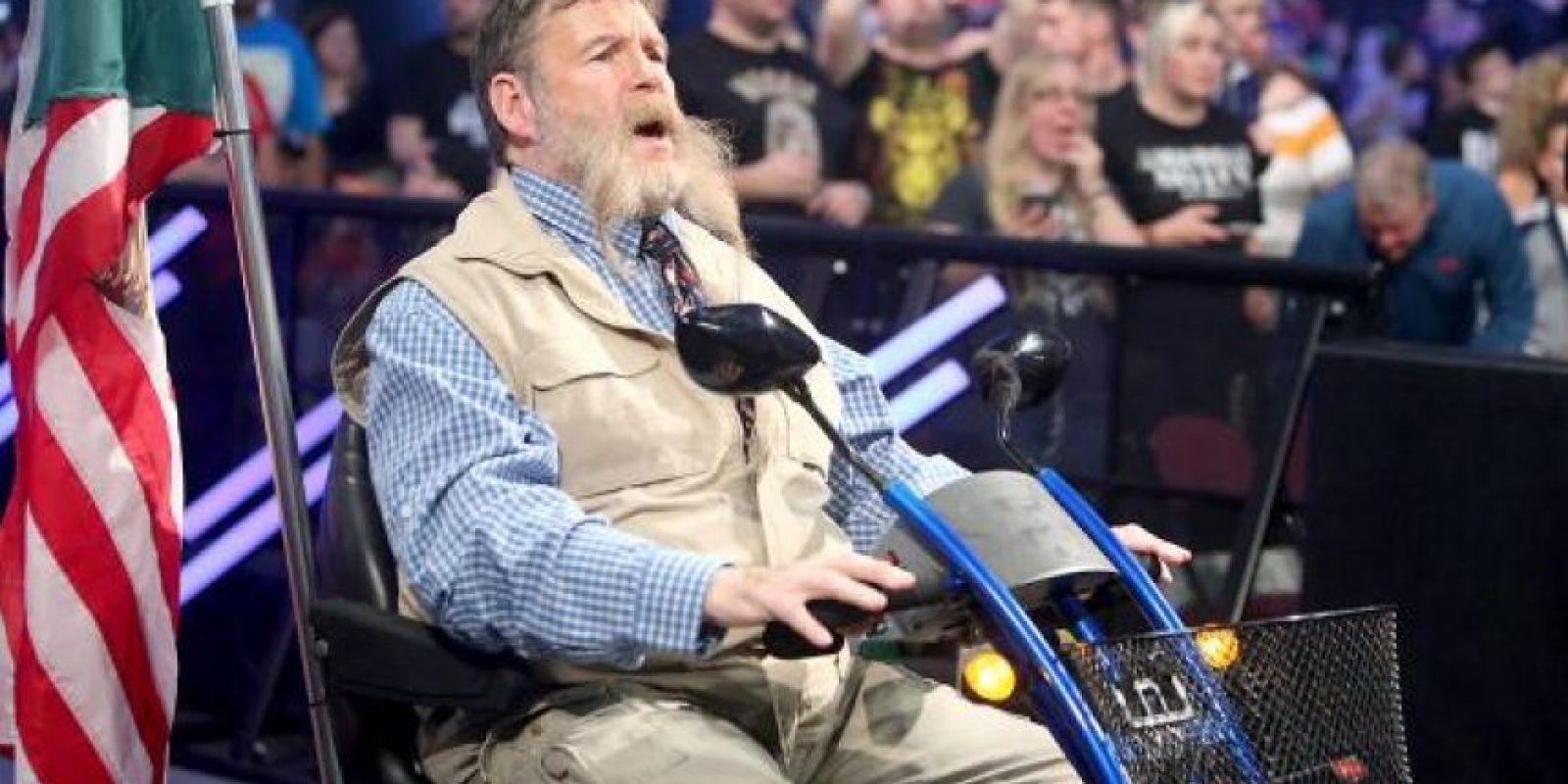 Zeb Colter fue el primero en ofender a los británicos Foto:WWE
