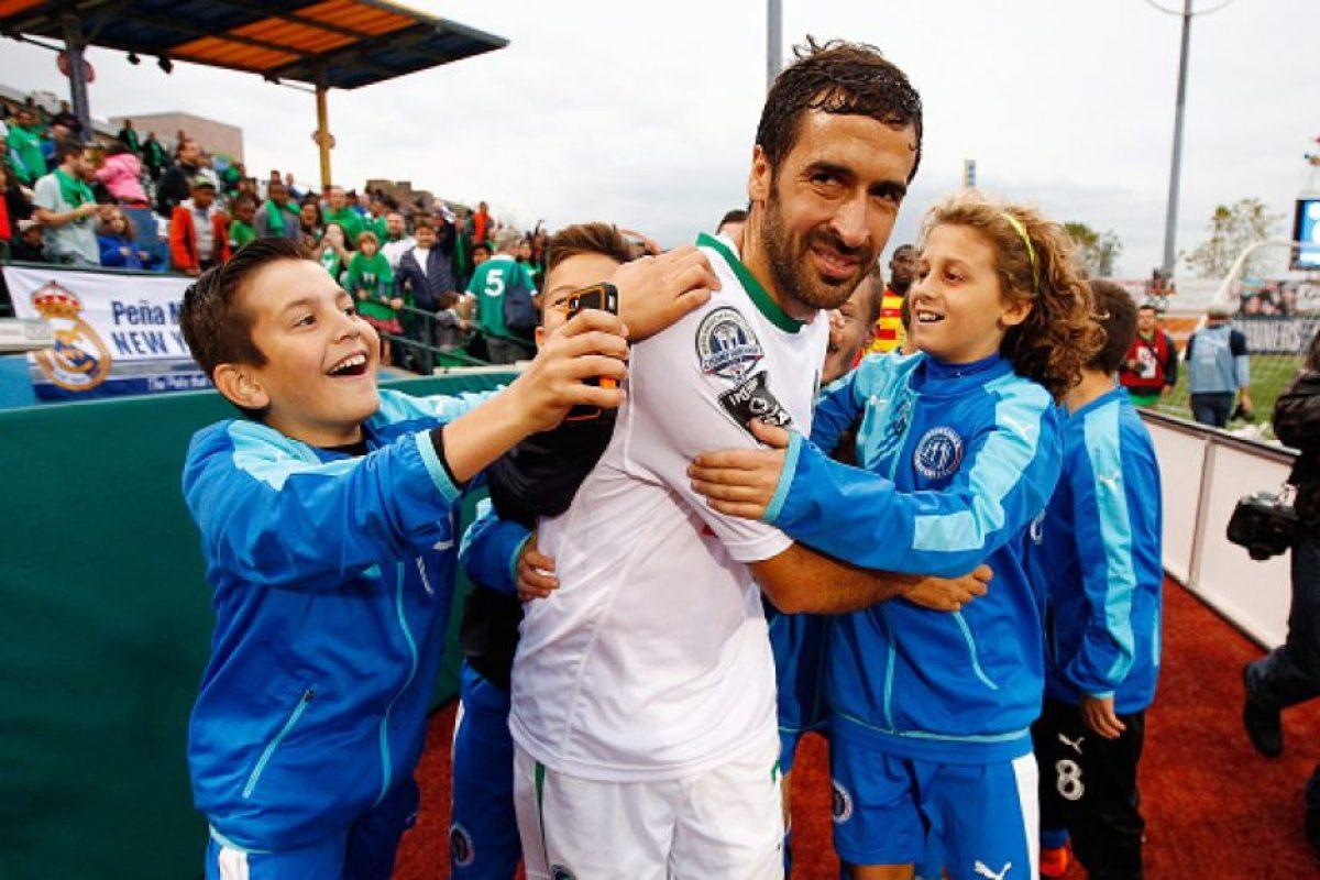 """El """"Ángel de Madrid"""" siguió jugando hasta este 2015, pero el 15 de noviembre le puso fin a su carrera en el New York Cosmos de la North American Soccer League (NASL). Foto:Getty Images"""