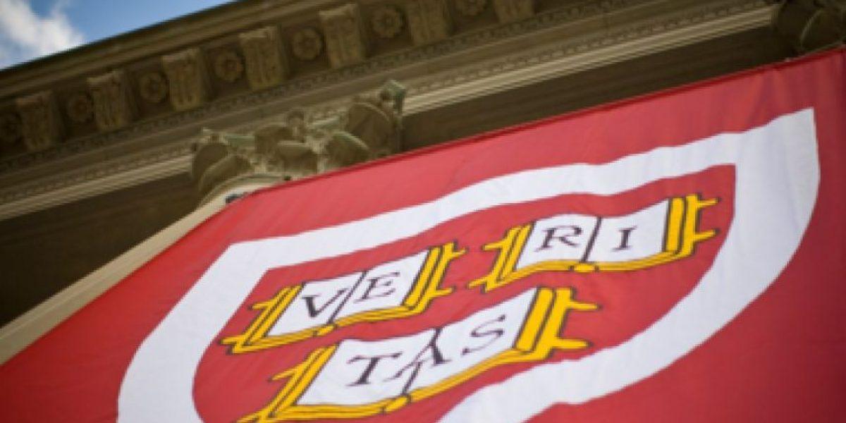 Atención: evacúan universidad de Harvard por amenaza de bomba