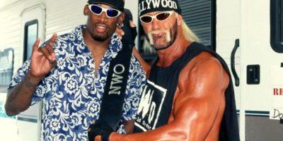 Apareció por primera vez en la WWE enfrentando a Karl Malone y lo venció. Foto:WWE