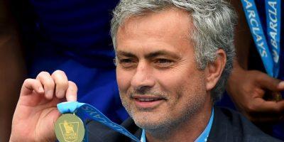 En su primer año con Chelsea (segunda etapa), no logró ningún título, pero en 2014-2015 ganó la Premier League y Capital One Cup. Foto:Getty Images