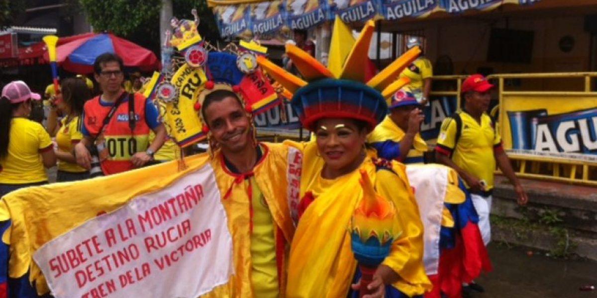 Estos son los atuendos más locos en la entrada del partido Colombia-Argentina