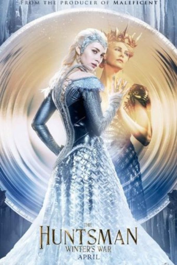 """Antes de que la malvada """"Reina Ravenna"""" fuera vencida por la espada de """"Blancanieves"""", ella fue testigo de la desgarradora traición amorosa de la que fue víctima su hermana """"Freya"""" Foto:Universal Pictures"""