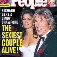 """En 1993, """"People"""" optó por elegir a la pareja """"más sexy"""". Ese año los ganadores fueron Richard Gere y Cindy Crawford. Foto:Revista """"People"""""""