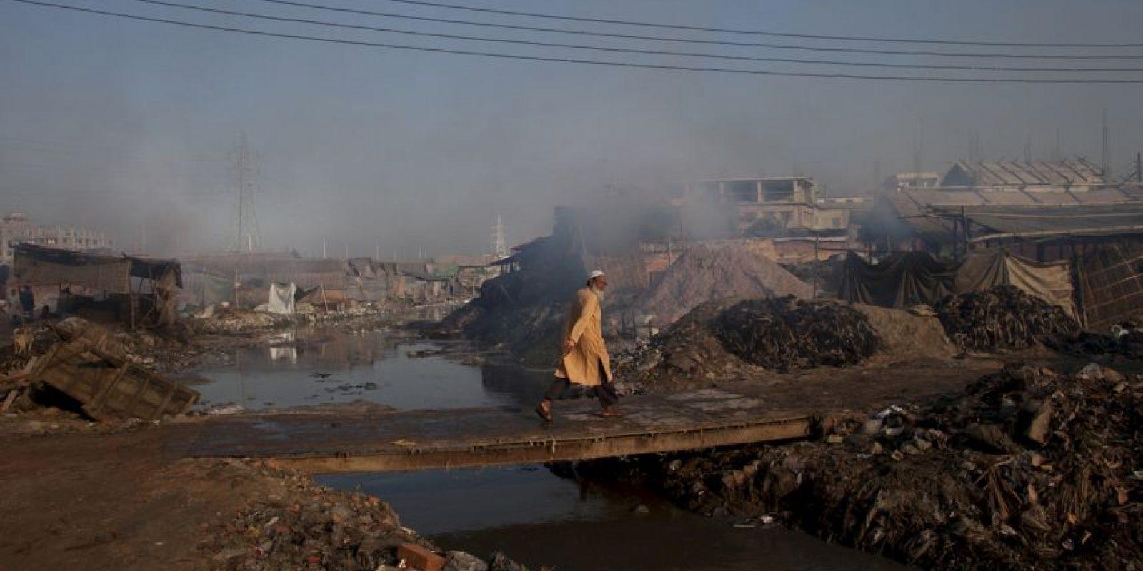 Su capital, Dhaka, es una de las más contaminadas del mundo por sus más de 10 millones de habitantes. Foto:Getty Images