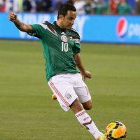 El mexicano también se rompió la tibia y peroné previo a Brasil 2014. Foto:Getty Images